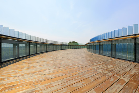 solar energy heat-collection plates and wooden platforms