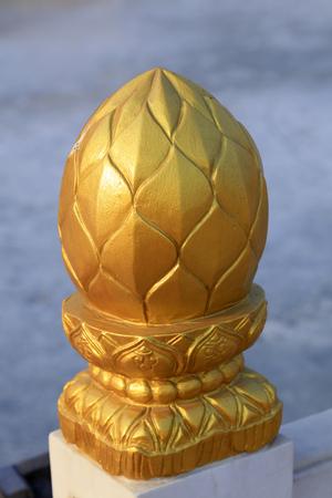 伝統的な中国風の金箔の手すり