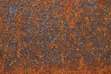 Oxidizing steel plate
