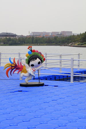 Flower Fairy sculpture on the deck of plastic float, Tangshan, China. 新聞圖片