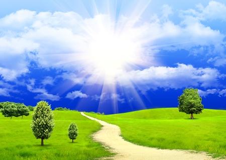 El cielo de verano y caminos rurales
