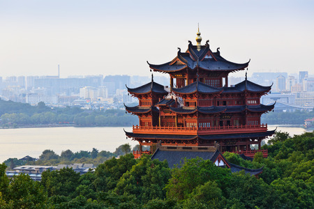 tourist attractions: China hangzhou chenghuangge is a famous tourist attractions