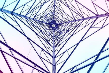 electricidad industrial: Torre de alta tensión eléctrica resumen de antecedentes en el cielo Foto de archivo
