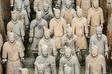 Xi'An, China - op 26 september 2015: 's werelds meest beroemde standbeeld van de Terra Cotta Warriors, het achtste wereldwonder, qin shihuang terracotta leger is een van de wereld cultureel erfgoed.