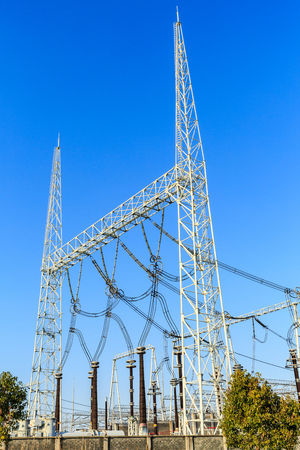 torres eléctricas: High Voltage Substation and Equipment