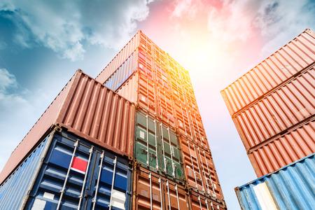 Stocznia kontenerów przemysłowych dla firmy Logistic Import Export