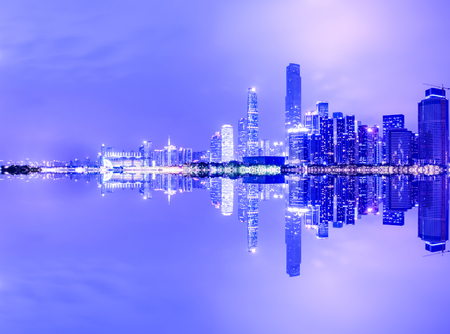 Guangzhou China modern city skyline panorama on the zhujiang river at night 免版税图像
