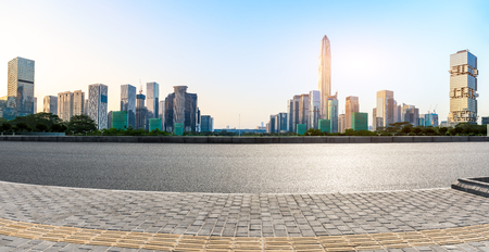 Empty asphalt road and modern city skyline panorama in Shenzhen,China 스톡 콘텐츠