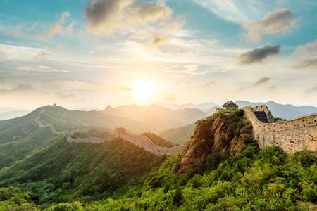 La Grande Muraille de Chine au coucher du soleil