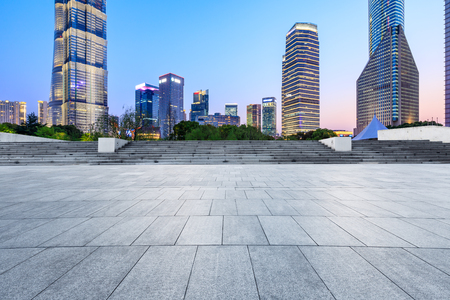 Shanghai modern commercial office buildings and square floor at night 版權商用圖片 - 122030963