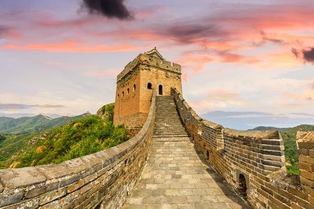 Die Chinesische Mauer bei Sonnenuntergang, Jinshanling Standard-Bild