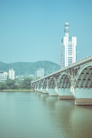 Chinas arch bridge