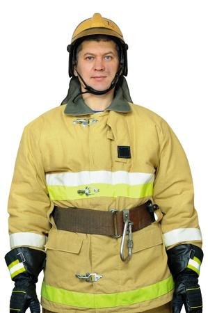 remission: Pompiere in piedi con una remissione delle sue mani. Isolato sfondo bianco