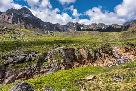 alpine tundra: A small canyon in the alpine tundra. Eastern Sayan. Buryatia