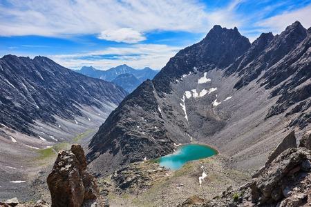 tunka range: Mountain lake in an open circus in the Siberian highlands. Eastern Sayan. Buryatia Stock Photo