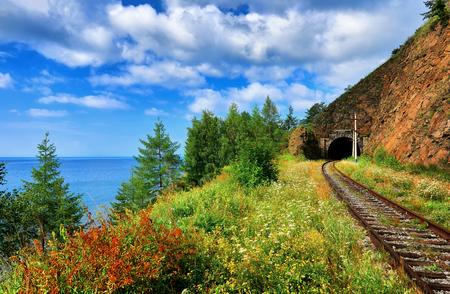 바이칼 호수의 해안 철도