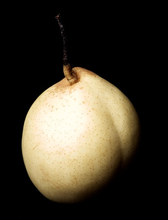 Fresh Ripe Nashi Pear closeup on Black background Standard-Bild - 124963148