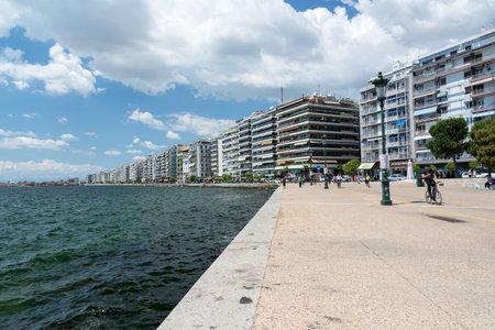 Afbeeldingsresultaat voor waterfront thessaloniki greece