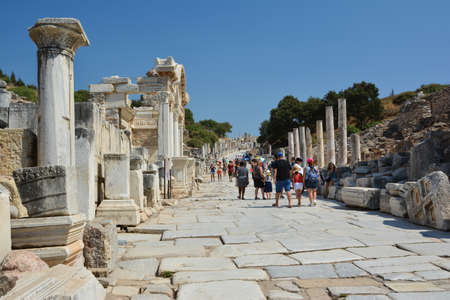 EPHESUS, TURKEY - AUGUST 16, 2017: Curetes Street in Ephesus ancient city, Selcuk, Turkey. Редакционное