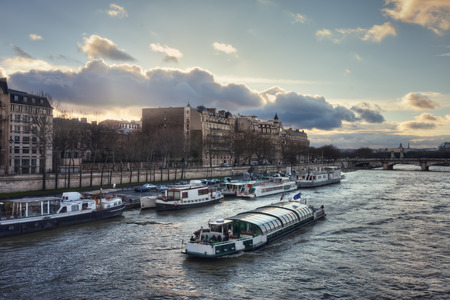 leopold: The Seine river and the quai Anatole France  at sunset. View from the Passerelle Leopold-Sedar-Senghor. France. Paris.