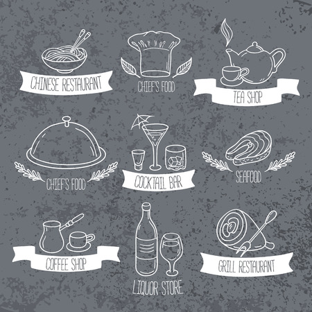 Hand drawn food and drinks labels for menu or cafe design. Doodle restaurant emblems on grunge background. Vector illustration Ilustração
