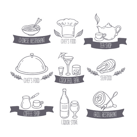Hand drawn food and drinks labels templates for menu or cafe design. Doodle restaurant logos. Vector illustration Ilustração