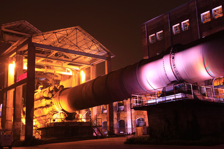 Industrial park, Old cement production equipment, in the light 新聞圖片