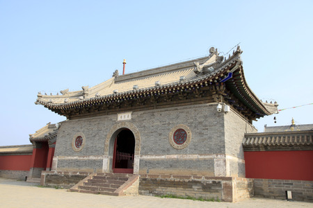 solemn: Chinese ancient temple architecture, auspicious, solemn