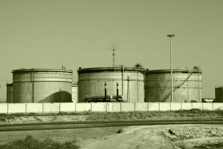 storage tanks: The oil storage tanks