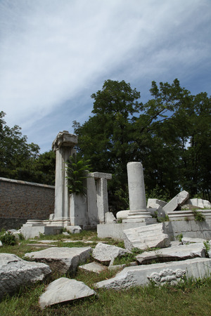 stone carvings: The ruins of the old Summer Palace and exquisite stone carvings Editorial