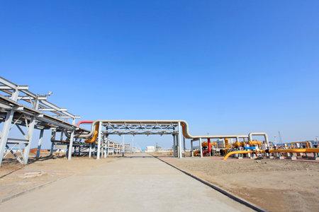 oil field: Oil field scene, oil pipelines and facilities