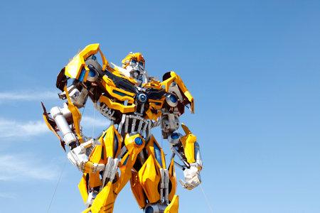 Transformers sculpture - bumblebee 新闻类图片