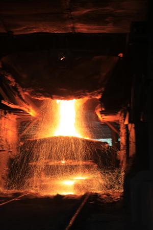 steelmaker: Steelmaking workshop,sparks fly, very beautiful