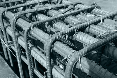 materiales de construccion: Steel grid on the construction site