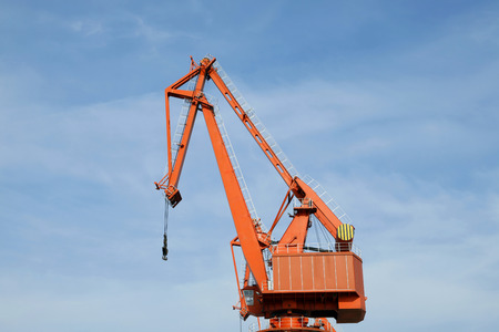 unloading: Port gantry crane, used for loading and unloading of goods