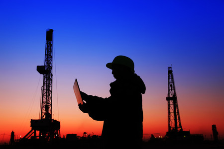 oil field: oil field, the oil workers are working