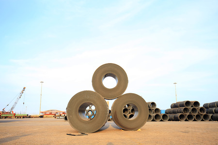 hard alloy: roll steel in harbor, Cold rolled steel coils