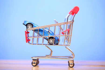 The car model in the shopping cart