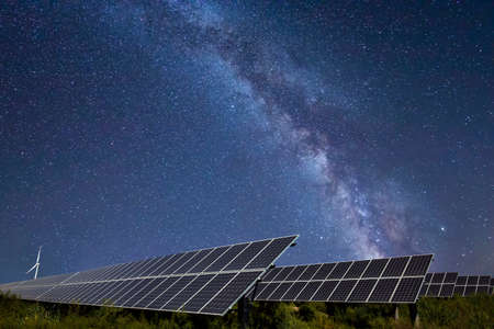 Solar photovoltaic panels and the Milky Way, Solar photovoltaic panels at night