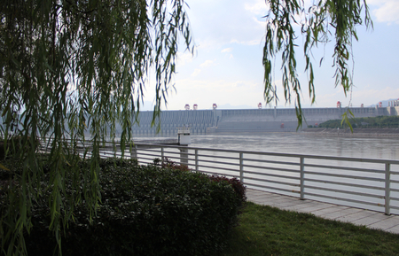 three gorges dam: Three Gorges Dam summer