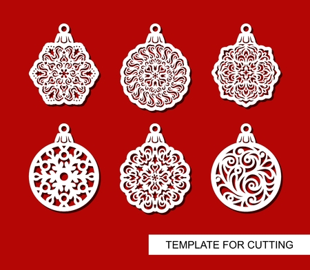 Set of hanging Christmas decorations. Round carved patterns. Lace stencils. Template for laser cutting, paper cut and printing. Vector illustration. 矢量图像
