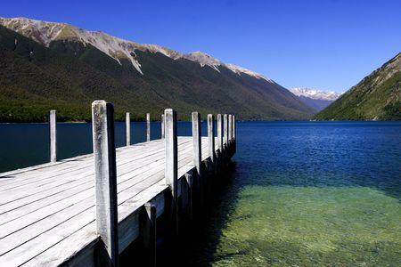순수한 호수 rotoiti 스톡 콘텐츠 - 3770703