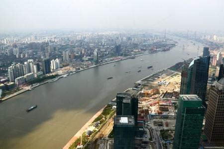 huangpu: Shanghai Oriental Pearl TV Tower to see the Huangpu River Editorial