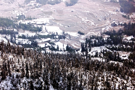 xuyong: Early spring snow