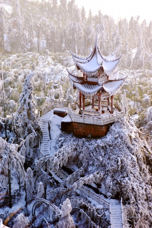 Vorfr�hling Schnee