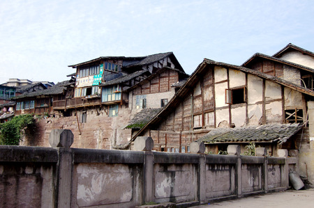 roofed house: Sichuan town scener