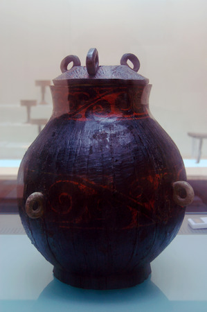 lacquer: The ancient Chinese lacquer