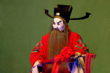 folk customs: Sichuan stage performance - front of the universe