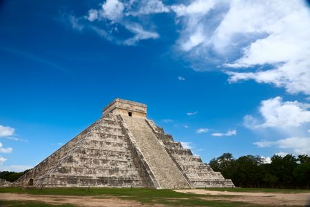 Chichen Itza, Mexico, one of the New Seven Wonders of the World Stock Photo - 5433608