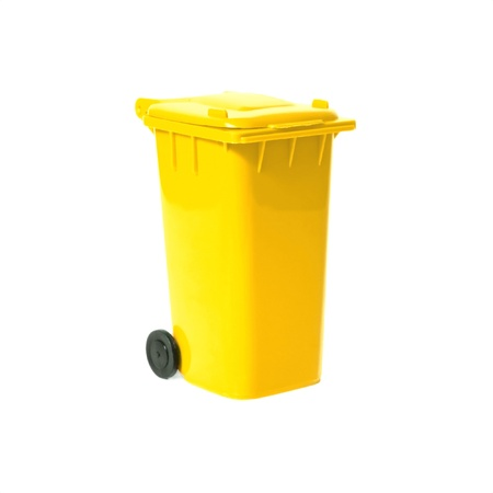 yellow empty recycling bin Stock Photo - 9019565